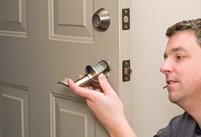 Emergency Locksmith In